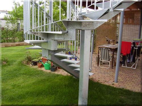 Costruire una scala in ferro gallery of scale con pedata - Scala esterna in ferro ...